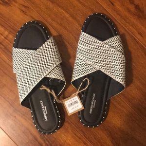 American Eagle slide sandals